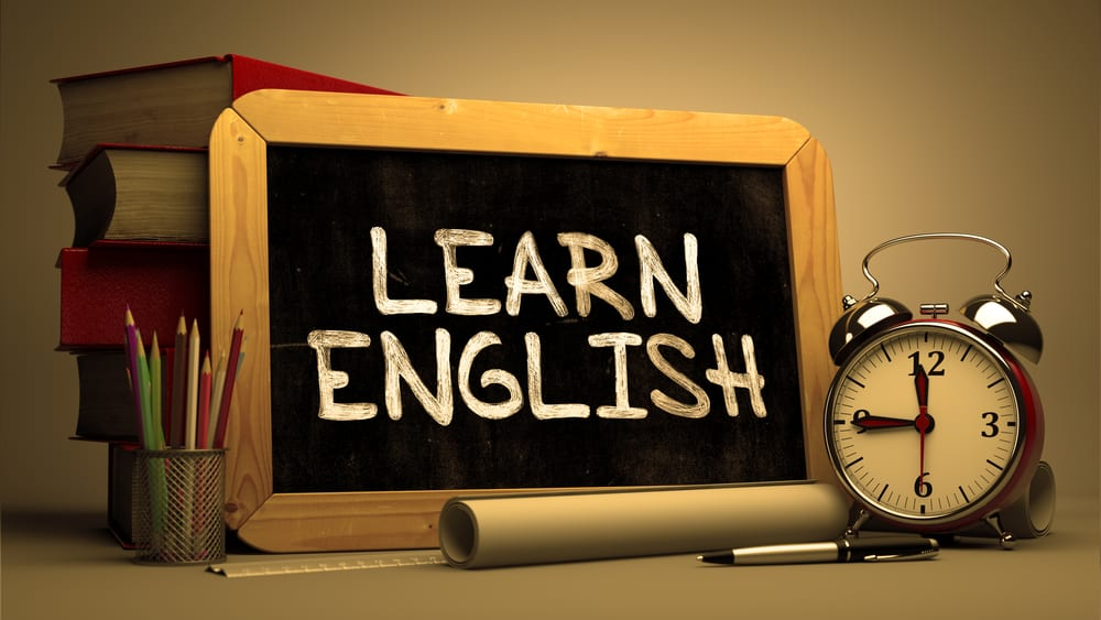 MakoStars LLC/ MakoStasr learn english chalkboard